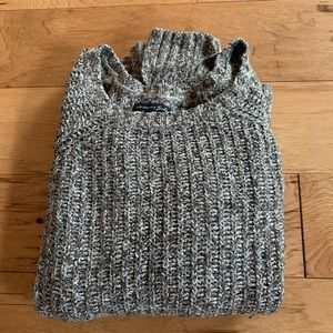 American Eagle Pullover Knit sweater